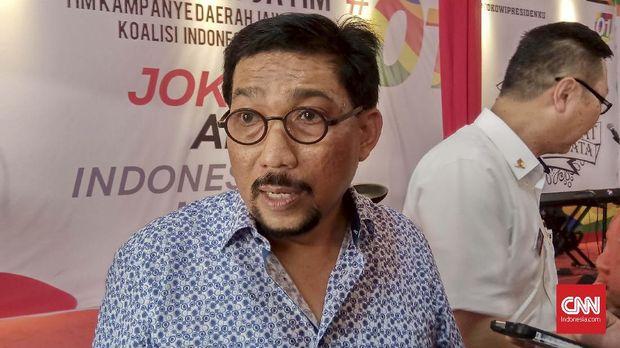 Ketua Tim Kampanye Daerah (TKD) Jawa Timur (Jatim) Joko Widodo - KH Ma'ruf Amin, Irjen Pol (Purn) Machfud Arifin akhirnya buka suara soal beredarnya surat permintaan sumbangan yang diduga diterbitkan oleh TKD Gresik untuk PT Semen Gresik.