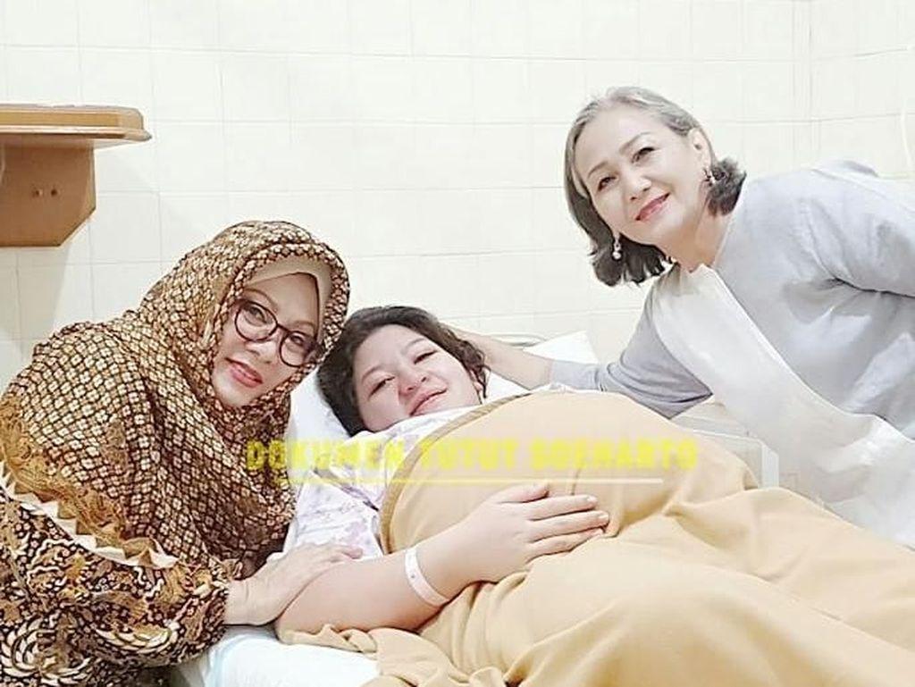 Keluarga Cendana Bagikan Momen Kelahiran Cucu Annisa Trihapsari