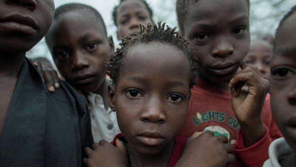 Potret Anak-anak Korban Siklon Idai di Mozambik