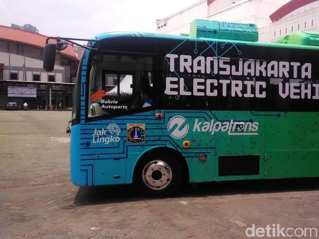 TransJakarta Uji Coba Bus Listrik Mei