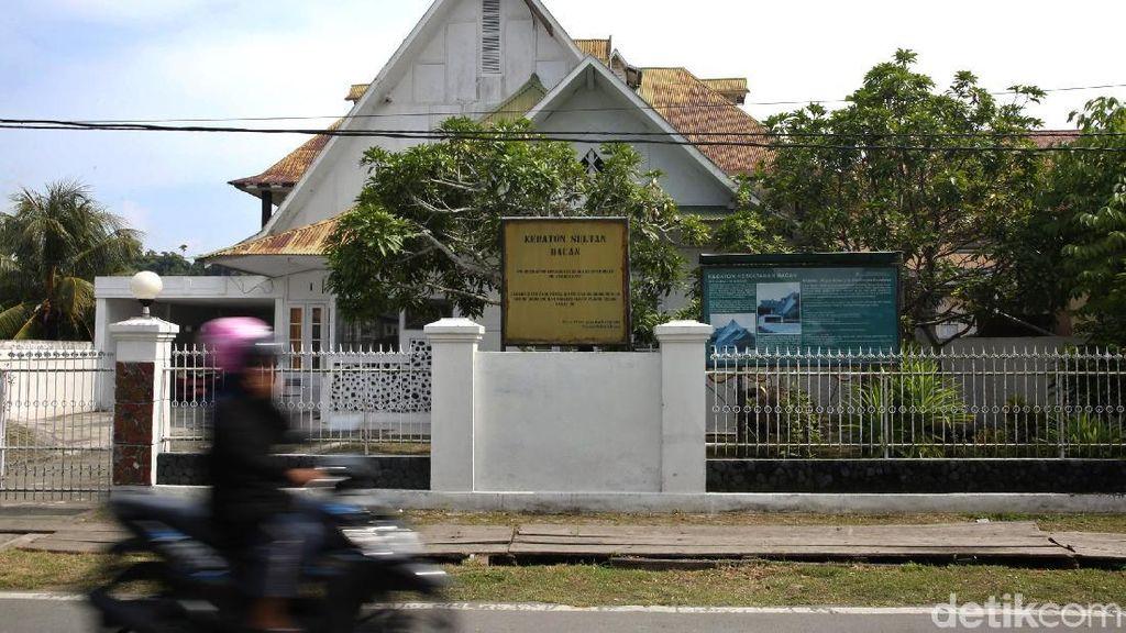 Melacak Sejarah Nusantara Lewat Kedaton Kesultanan Bacan