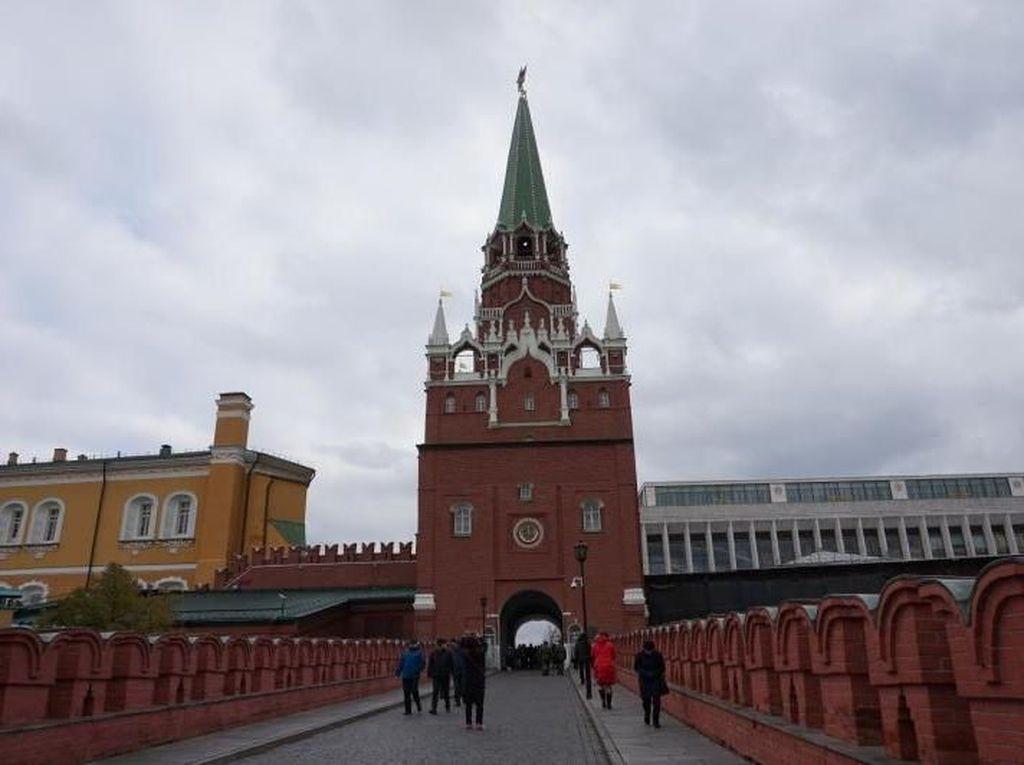 Bom Era Perang Dunia II Ditemukan di Kremlin Rusia