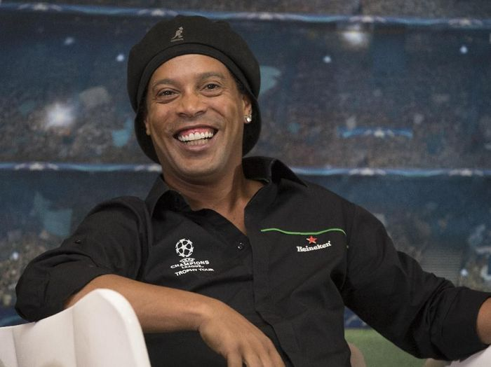 Eks pemain Barcelona, Ronaldinho. (Foto: Getty Images)