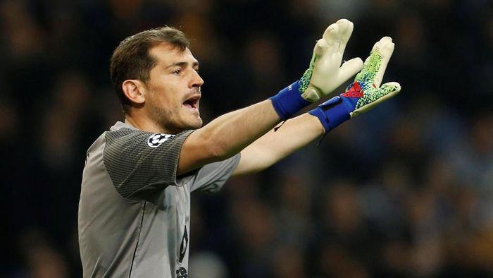 Iker Casillas optimistis Porto bisa menyingkirkan Liverpool di perempatfinal Liga Champions (Foto: Pedro Nunes/Reuters)