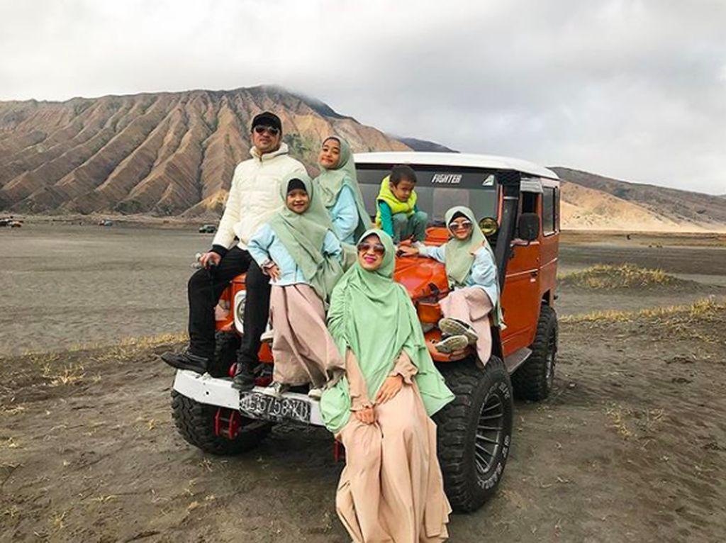 Serunya 7 Momen Quality Time Irfan Hakim Bersama Keempat Anaknya