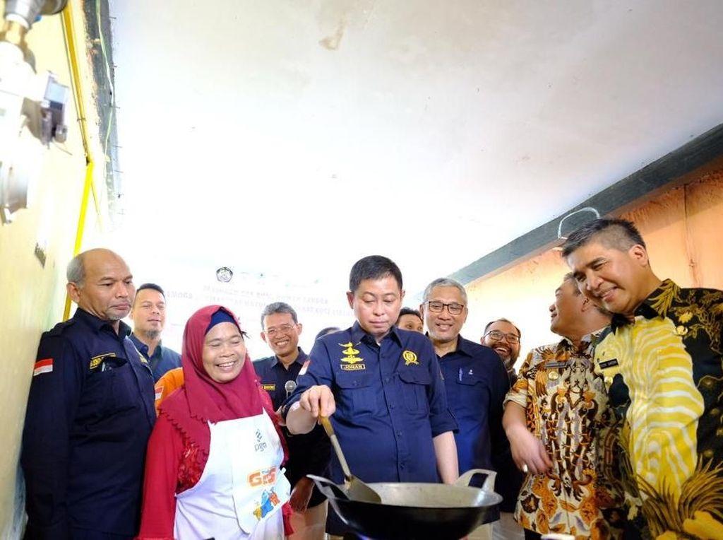 Jonan Resmikan Jargas Cirebon Total Jadi 7.503 Sambungan