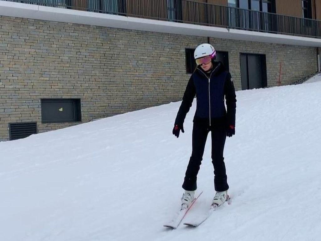 Foto: Resort Mewah Tempat Luna Maya Main Ski di Prancis