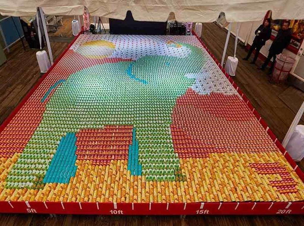 Pecahkan Rekor Dunia, Mozaik Gajah Ini Dibuat dari Ribuan Makanan Kaleng