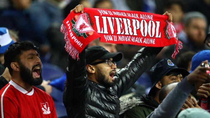 Suporter Liverpool yang akan menyaksikan laga Liga Champions di markas Porto dapat potongan harga tiket (Foto: Julian Finney/Getty Images)
