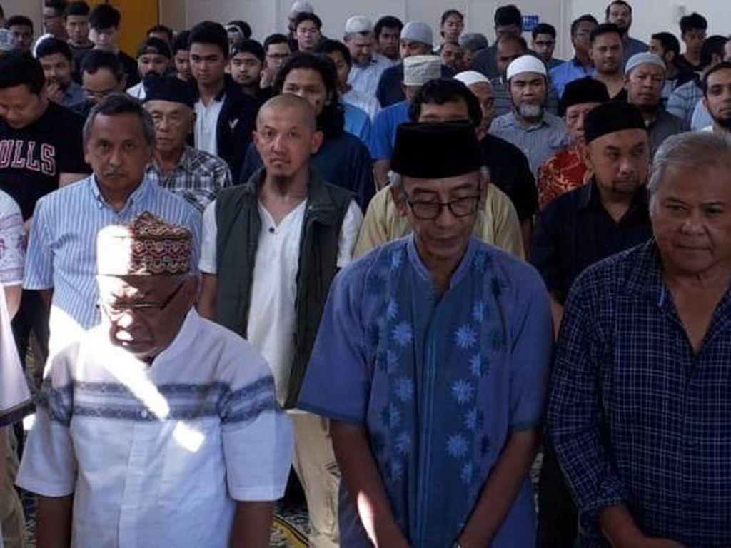 Komunitas Muslim Indonesia di Melbourne Gelar Doa Bersama Usai Salat Jumat
