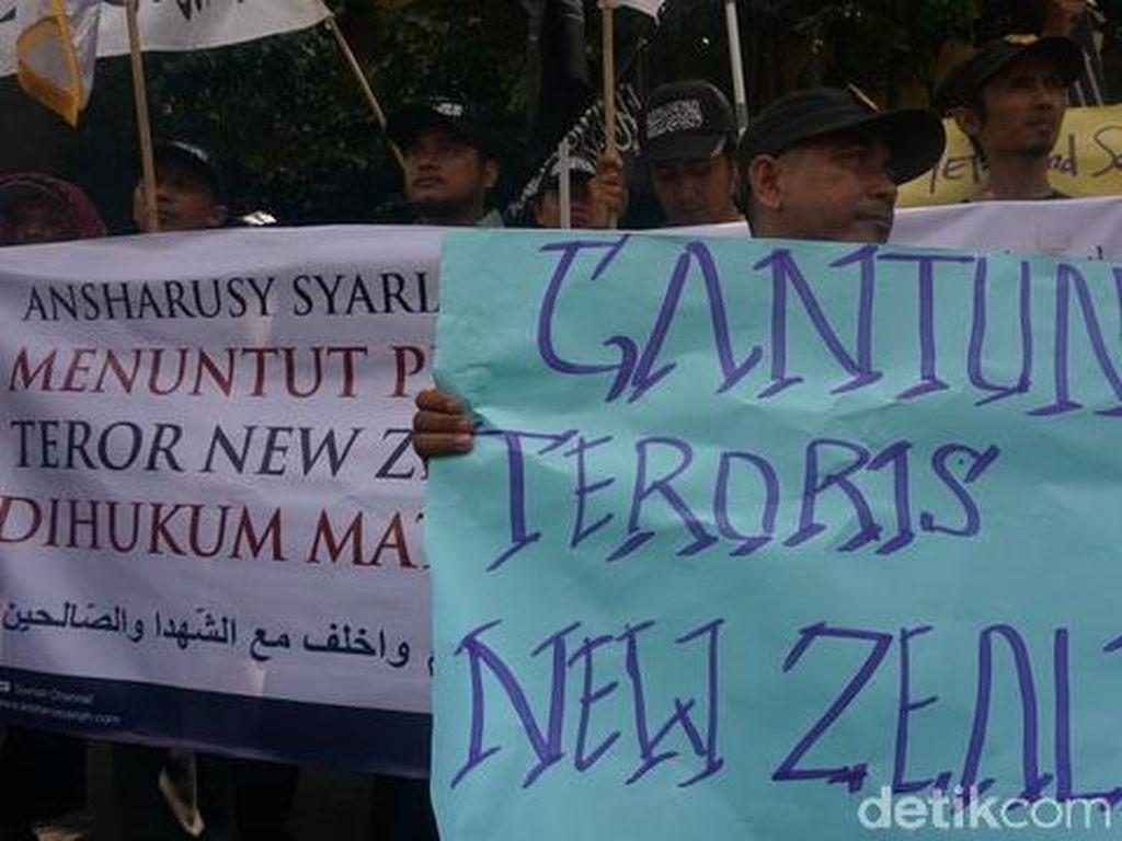Tuntut Permintaan Maaf Australia, Ormas Islam Gelar Aksi di Depan Konjen