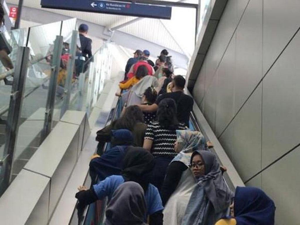 Mayoritas Traveler Masih Keluhkan Kelakuan Pengguna MRT Jakarta