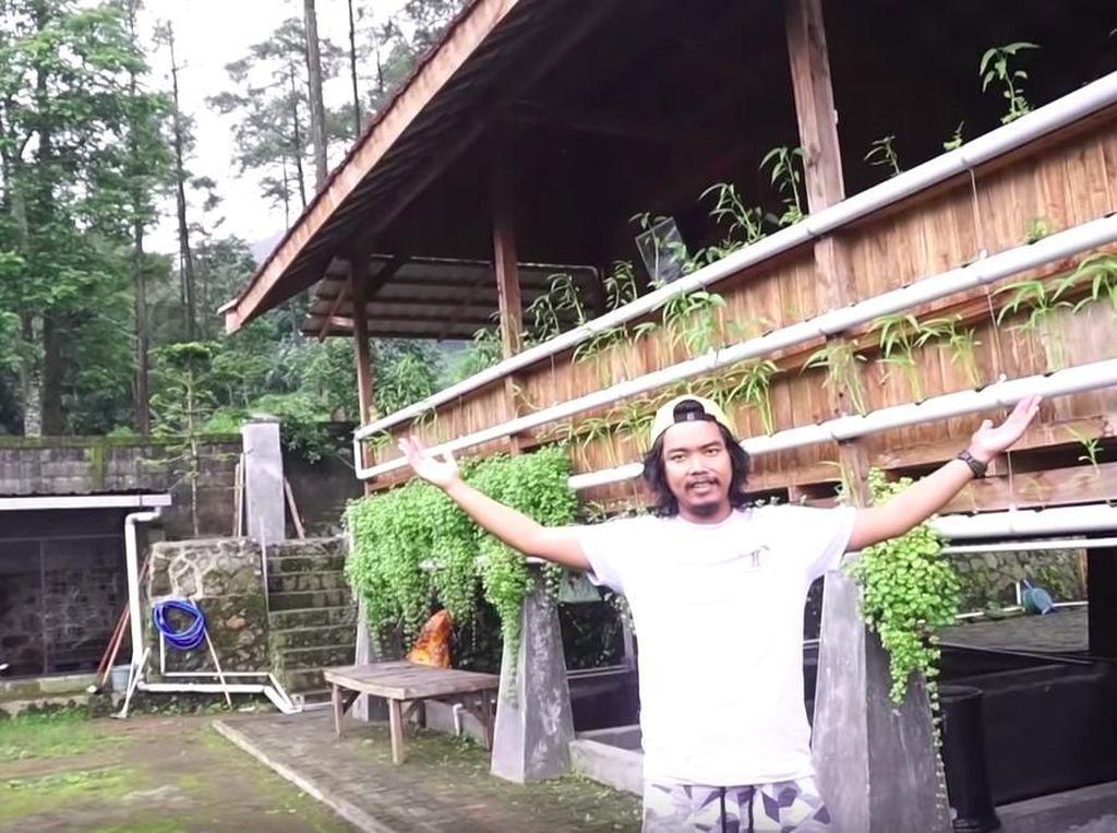 Ultah ke-34, Dodit Mulyanto Dapat Moge Seharga Rumah dari Pacar
