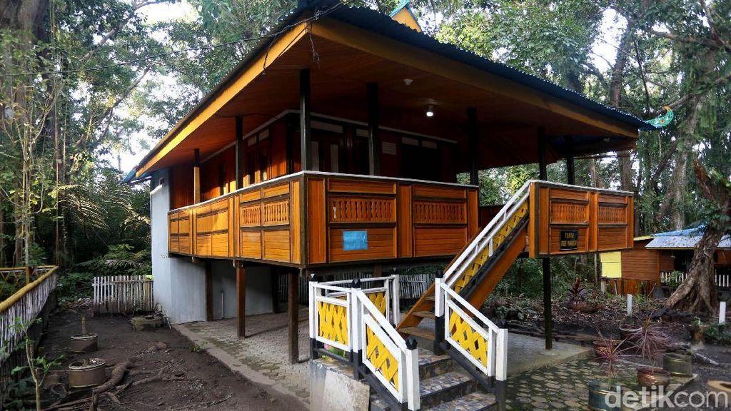 Berkunjung ke Taman Budaya Saruma di Pulau Bacan