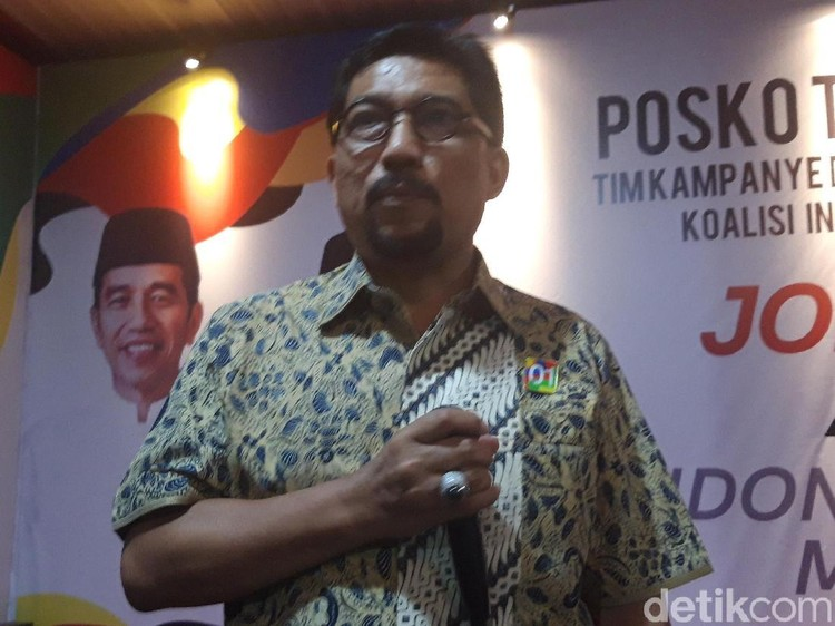 Kata TKD Soal Rocky Gerung Sindir Poster Kami Rakyat Jokowi di Jatim