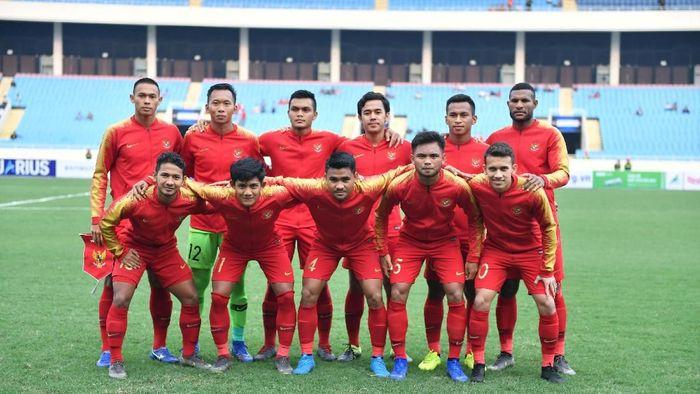 Skuat Timnas Indonesia U-23 saat dilumat Thailand 0-4 di Kualifikasi Piala Asia U-23 2020, berbeda dengan ketika menang 2-1 di final Piala AFF U-22. (Foto: R. Rekotomo/aww/Antara Foto)