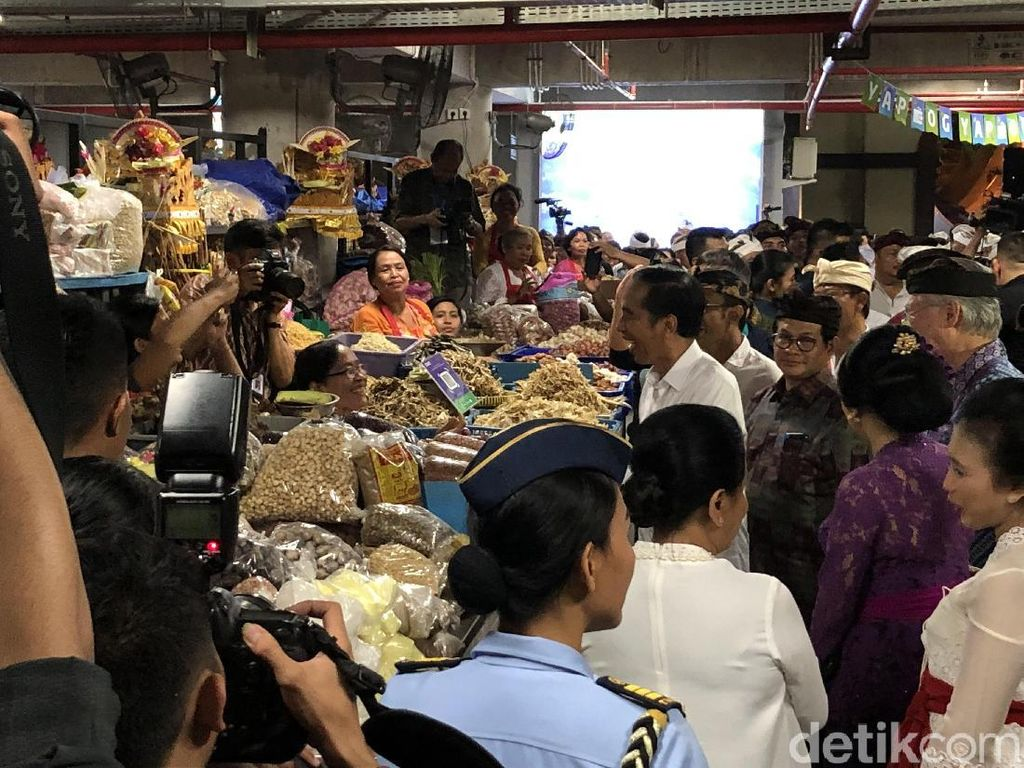 Resmikan Pasar Rakyat Badung, Jokowi: Arsitekturnya Paling Bagus