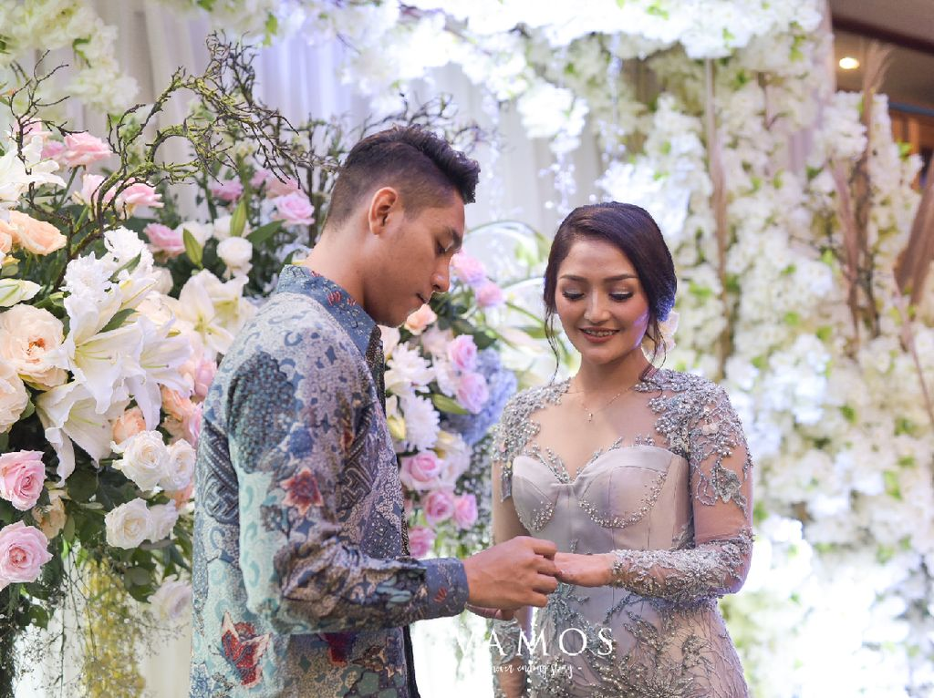 Siti Badriah-Krisjiana Siapkan Pernikahan yang Menyatu dengan Alam