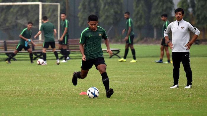 Timnas Indonesia sedang latiha jelang duel kontra Vietnam di Kualifikasi Piala Asia U-23 (ANTARA FOTO/R. Rekotomo)