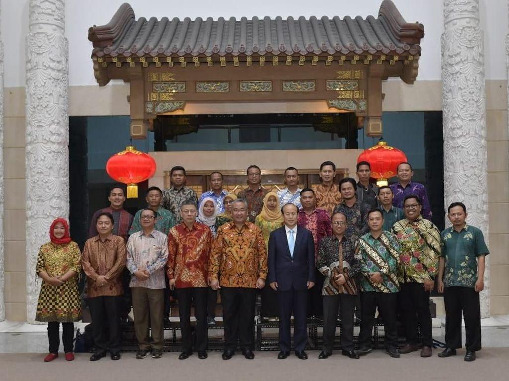 Studi Banding ke China, Kepala Desa Diminta Baca Peluang Bisnis