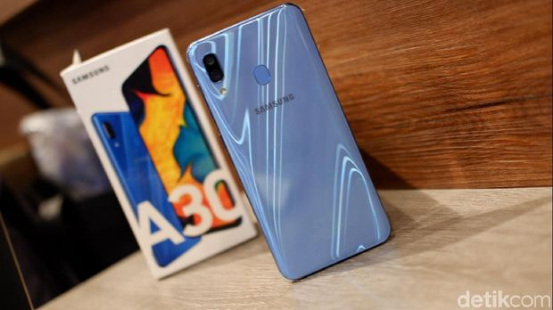 Penjualan Galaxy A di India Laris Manis, Indonesia?