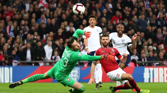Raheem Sterling mencetak hat-trick untuk membawa Inggris menang 5-0 atas Republik Ceko dalam Kualifikasi Piala Eropa 2020 (Foto: Clive Rose/Getty Images)