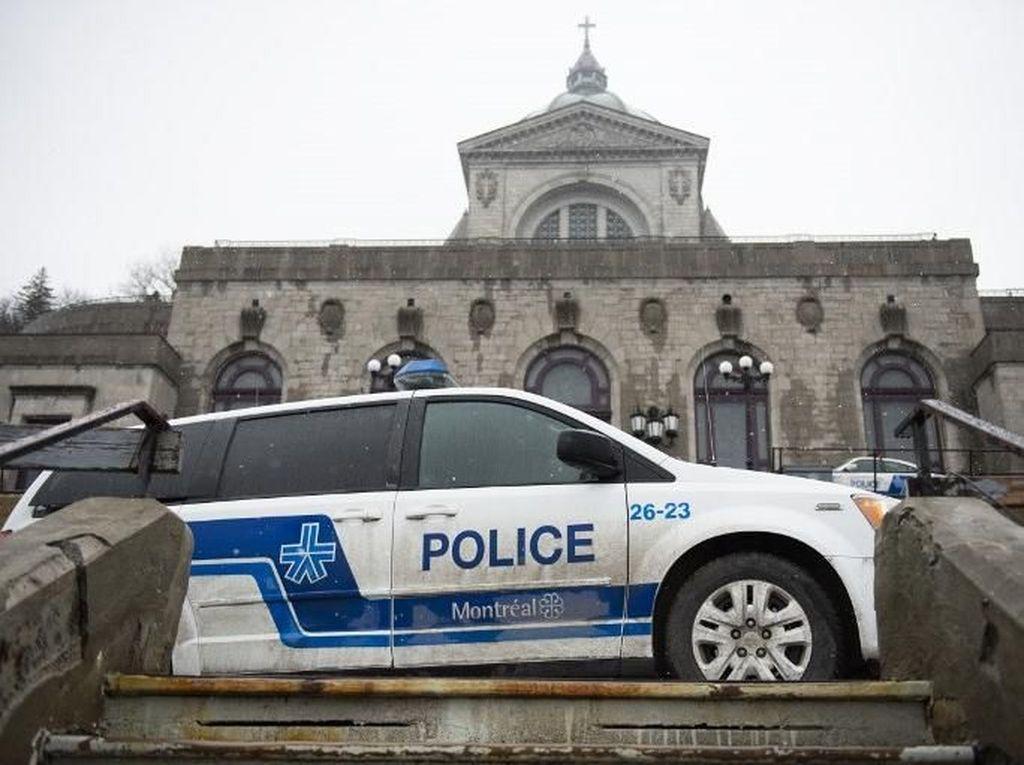 Pastor Kanada Ditikam di Depan Jemaat Saat Siaran Langsung