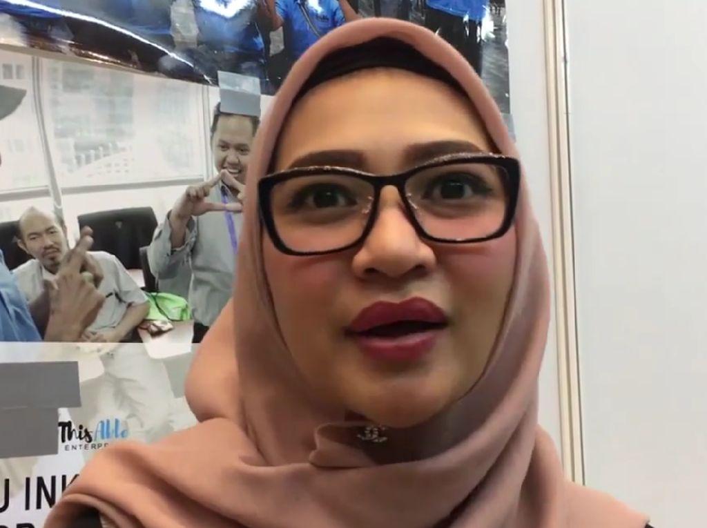 Kisah Inspiratif Angkie Yudistia, Tunarungu Jadi CEO