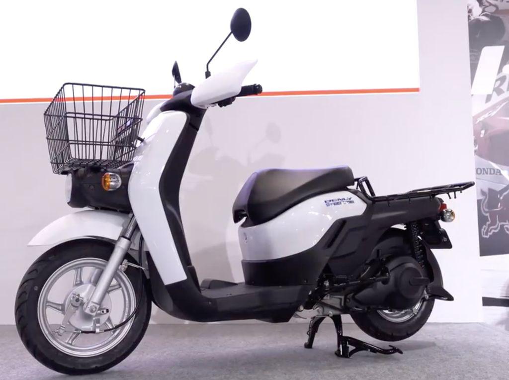 Motor Honda Buat Antar Barang