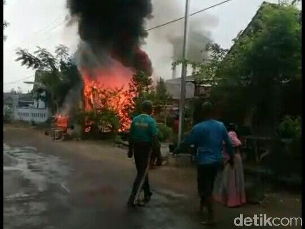 SPBU Mini di Bojonegoro Terbakar dan Meledak Saat Isi Tandon