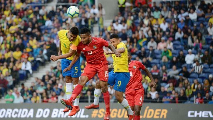 Brasil diimbangi Panama 1-1. (Foto: Octavio Passos/Getty Images)