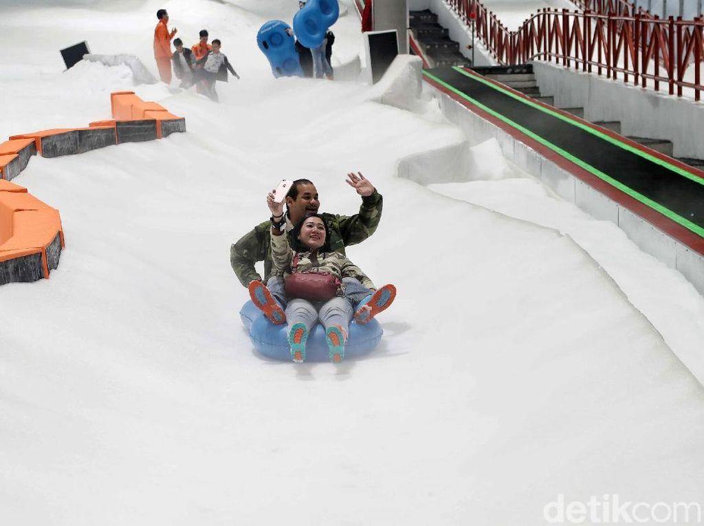 Ada Promo di Trans Snow World Bintaro, Ini 6 Wahana Serunya