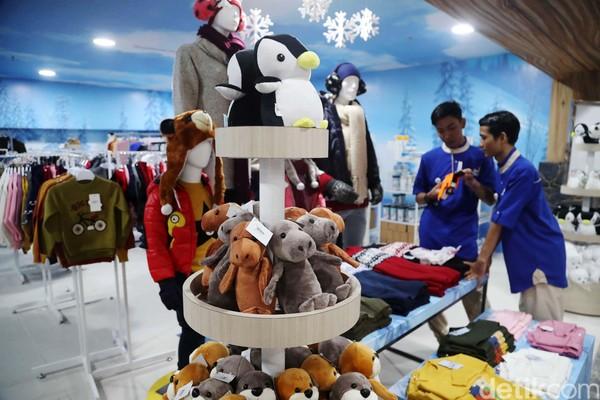 Merchandise Unik Tempat Wisata Salju Bintaro
