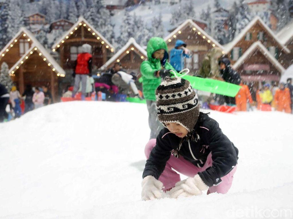 Mau Main Salju di Trans Snow World? Simak Aturan Barunya