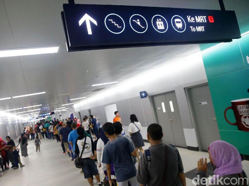 Politikus Gerindra DKI Usul Tarif MRT Rp 8.500 Hanya untuk Warga DKI
