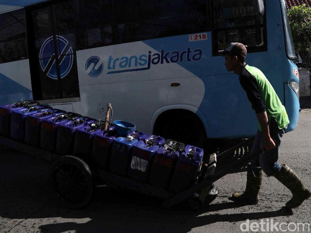 Nestapa di Utara Jakarta, Dipaksa Kaya Demi Air