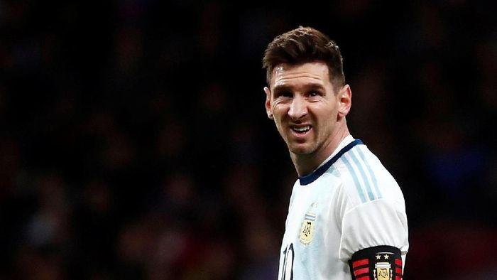 Lionel Messi selalu jadi kambing hitam buruknya performa Timnas Argentina. (Foto: Juan Medina/Reuters)