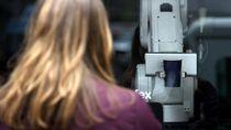 Robot Barista Jadi Obat Bosan Saat Nunggu Kopi Pesanan