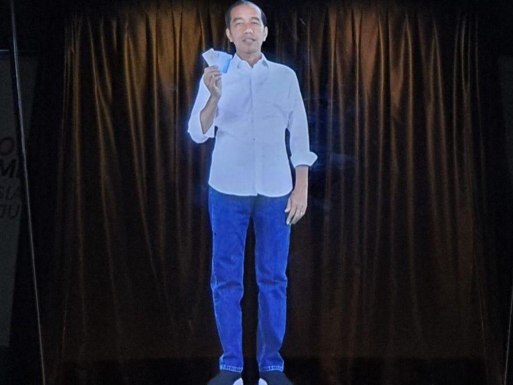 Penampakan Kampanye Hologram Jokowi-Maruf Amin