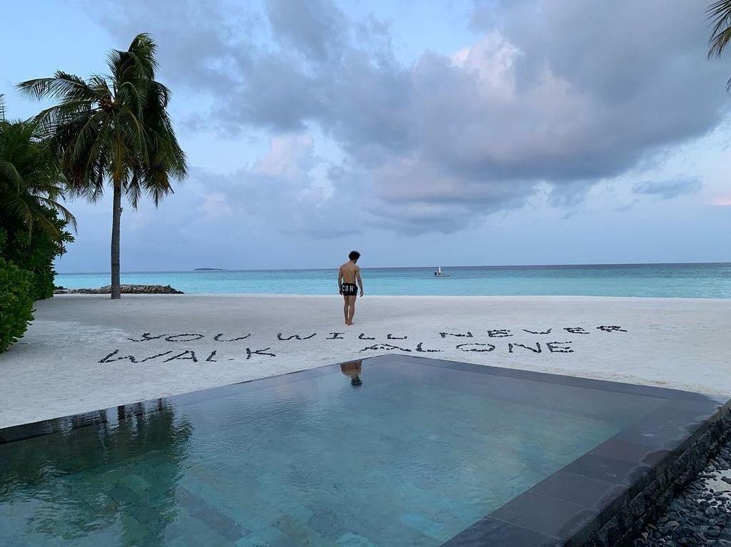 Mohamed Salah, Pantai Cantik dan You Will Never Walk Alone