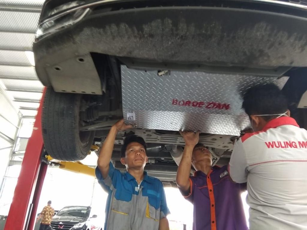 Pasang Bordes Perkuat Under Guard Wuling Cortez