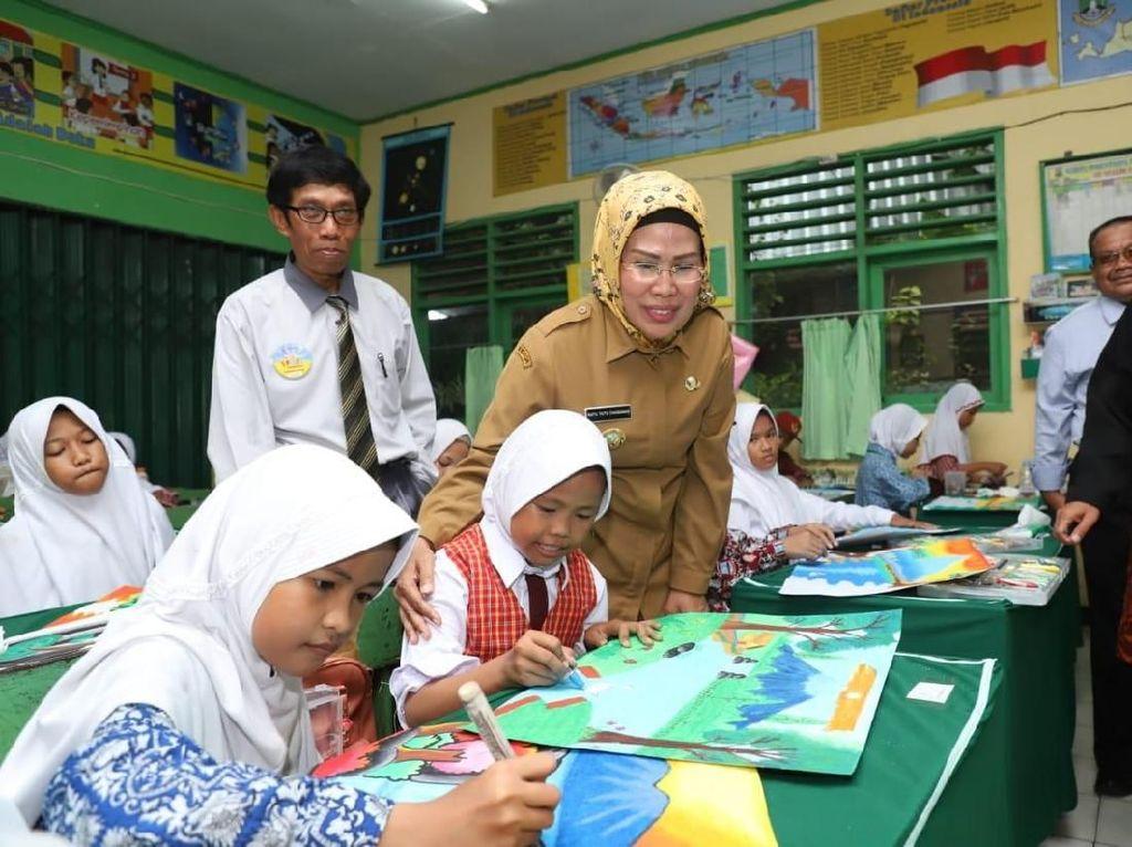 Bupati Serang: Pendidikan Karakter Paling Penting