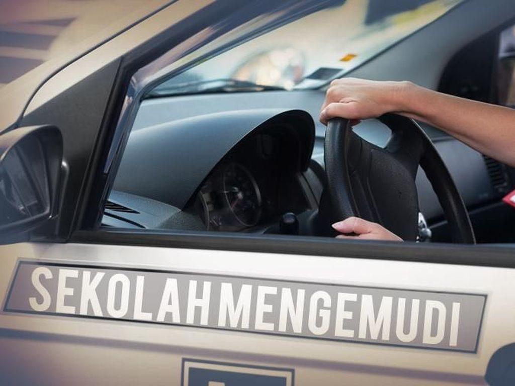 Rem Diinjak Instruktur, Wanita Peserta Kursus Setir Mobil Jadi Korban Pelecehan