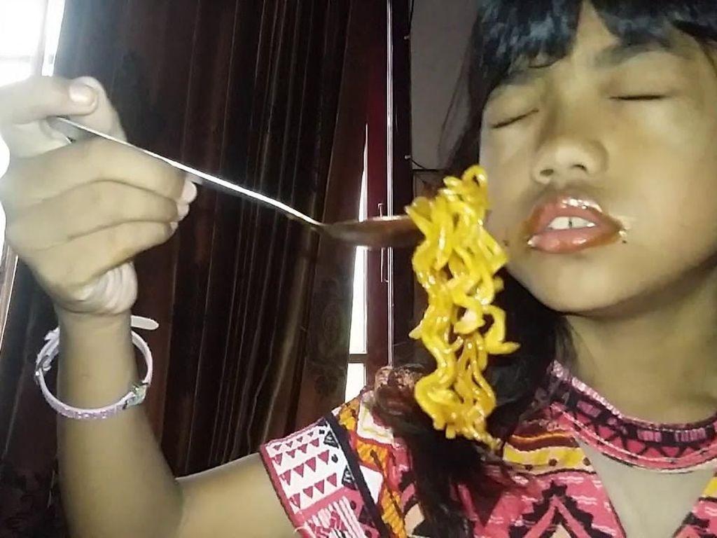 Pelajaran di Balik Video Viral Anak Bohong Makan Samyang