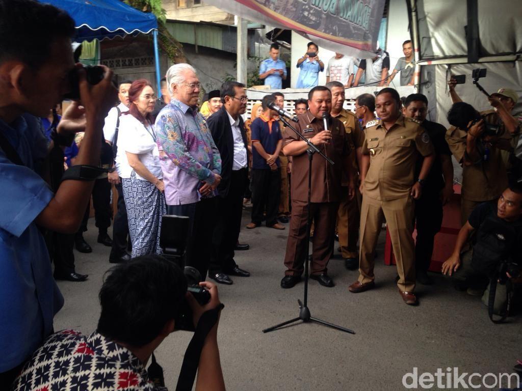 Kunjungi Lokasi Bom Sibolga, Mendag-Jaksa Agung Beri Bantuan Sembako