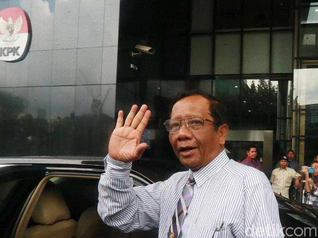 Sambangi KPK, Mahfud Cocokkan Informasi Jual-Beli Jabatan