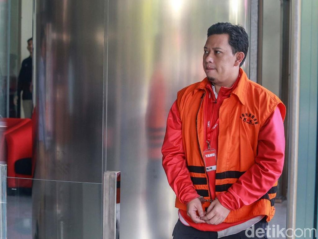 Segera Disidang, KPK Titipkan Bupati Cianjur di Rutan Bandung
