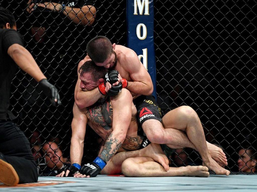 Dear UFC, Tarung Medsos McGregor vs Khabib Sudah Lewati Batas Lo