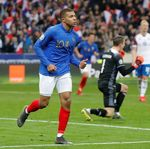 Rentetan Gol Prancis ke Gawang Islandia