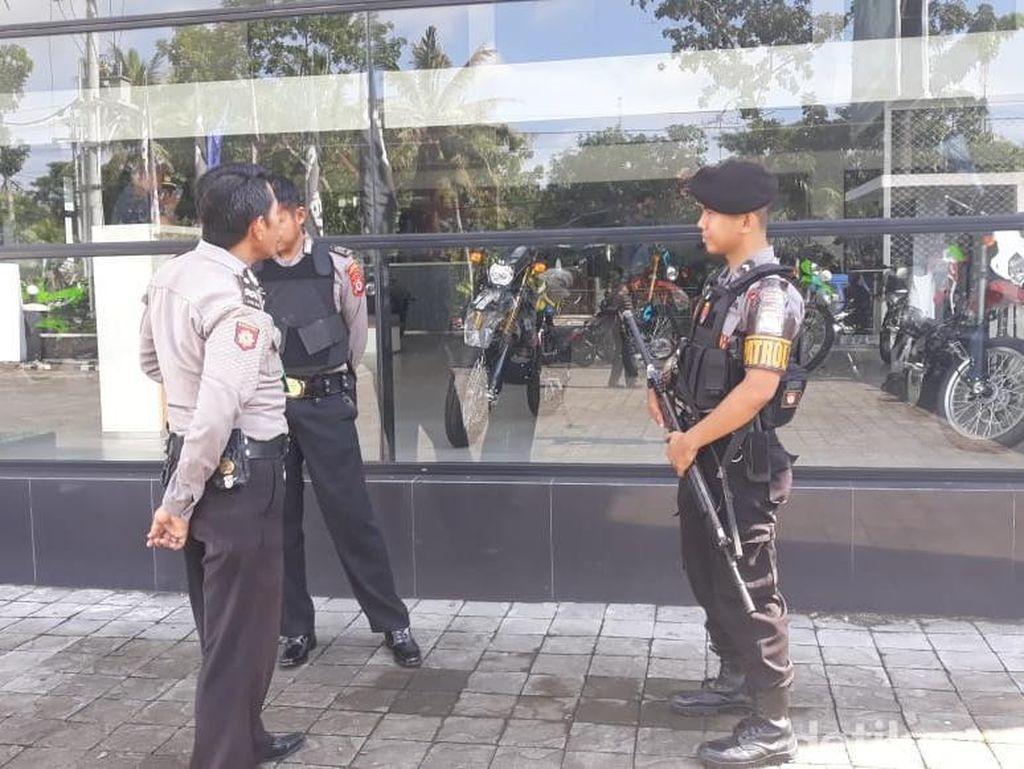 Polisi Cek CCTV Diler Motor Ditembaki di Kulon Progo